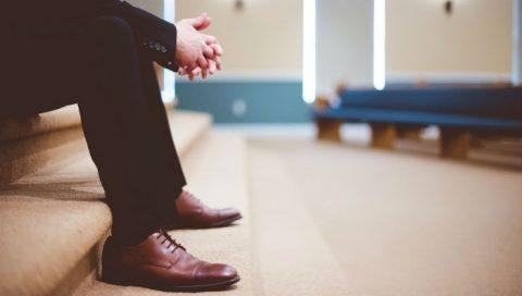 3 Helpful Ways on How to Pray so God Will Listen