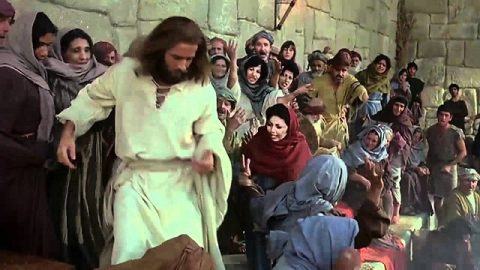 JESUS Movie: Jesus Drives Out Money-Changers from the Temple