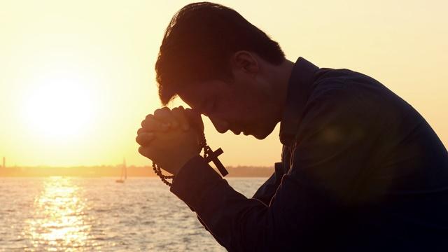 Christian prayer and worship